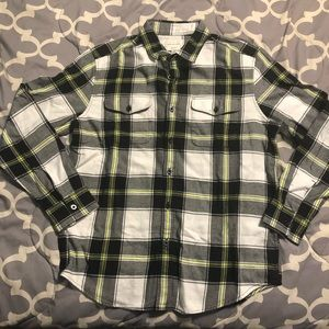 NWT Men's American Eagle Classic Fit Flannel (L)